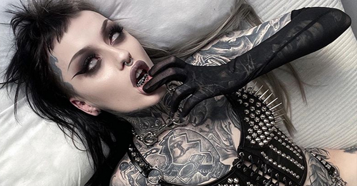 This Goth Goals Tattooer is Taking Over TikTok